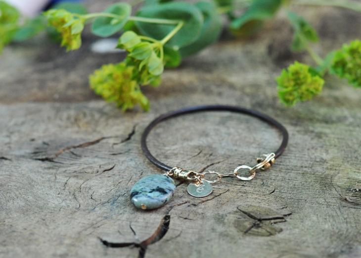 Memento birthstone bracelet