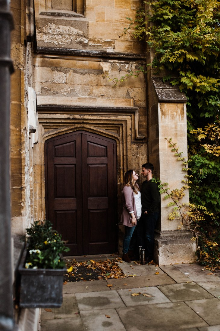 couple_old_building_oxford